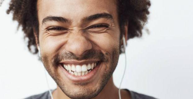 sorriso bonito e saudável
